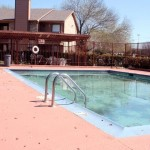 Cottonwood Creek Apartment Pool