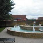 Wyndsor Court Apartment Fountain