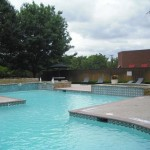 Wyndsor Court Apartment Pool 2