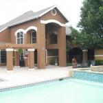 Wyndsor Court Apartment Pool